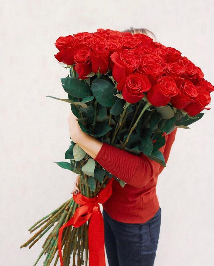 фото букетов роз красных длинных всех случаях дорогие